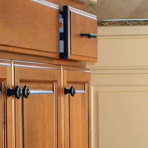 Cabinet-Hardware-Drawers-bg