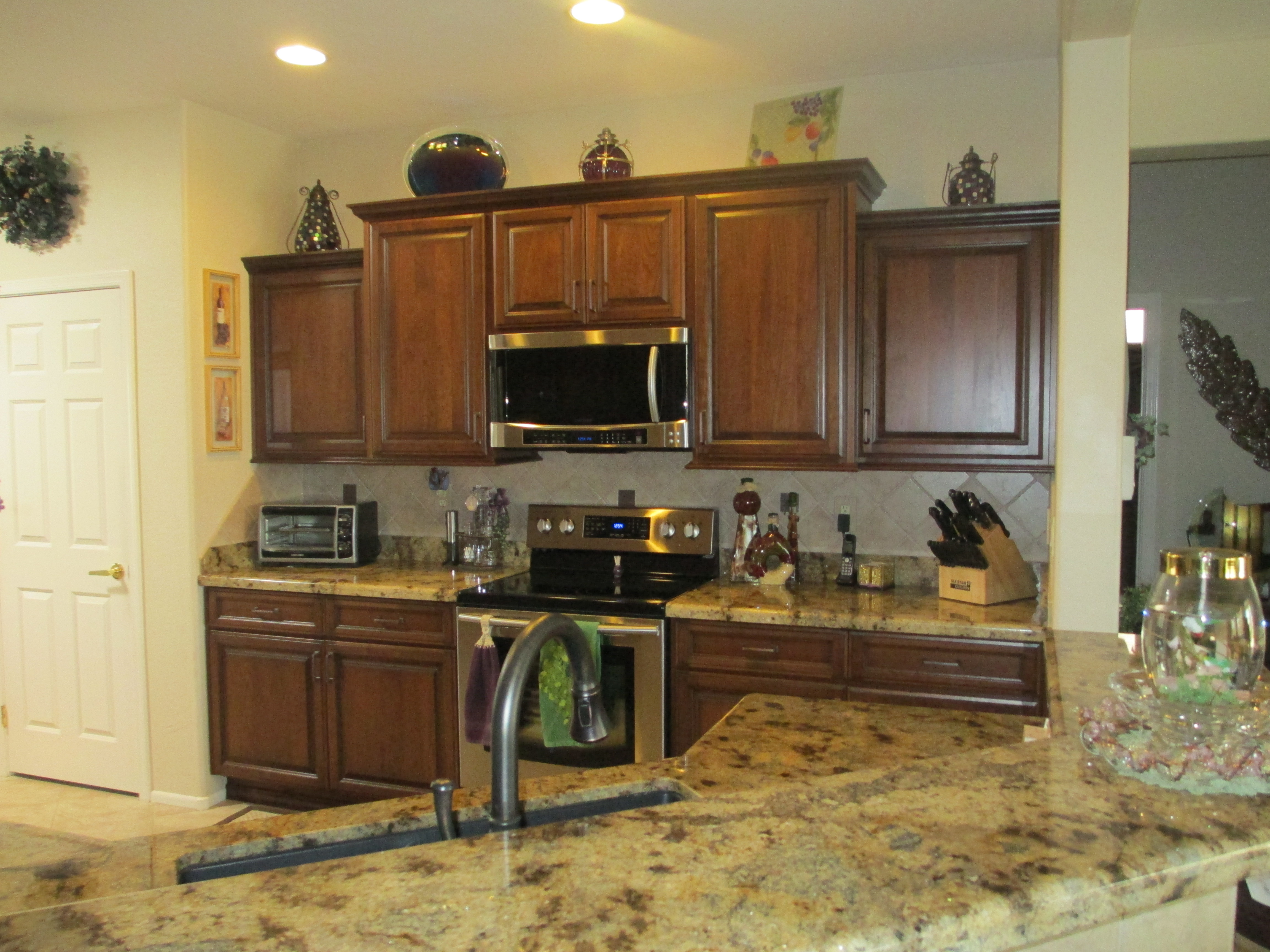 cherry raised panel kitchen cabinet doors with black glaze phoenix cabinet cures