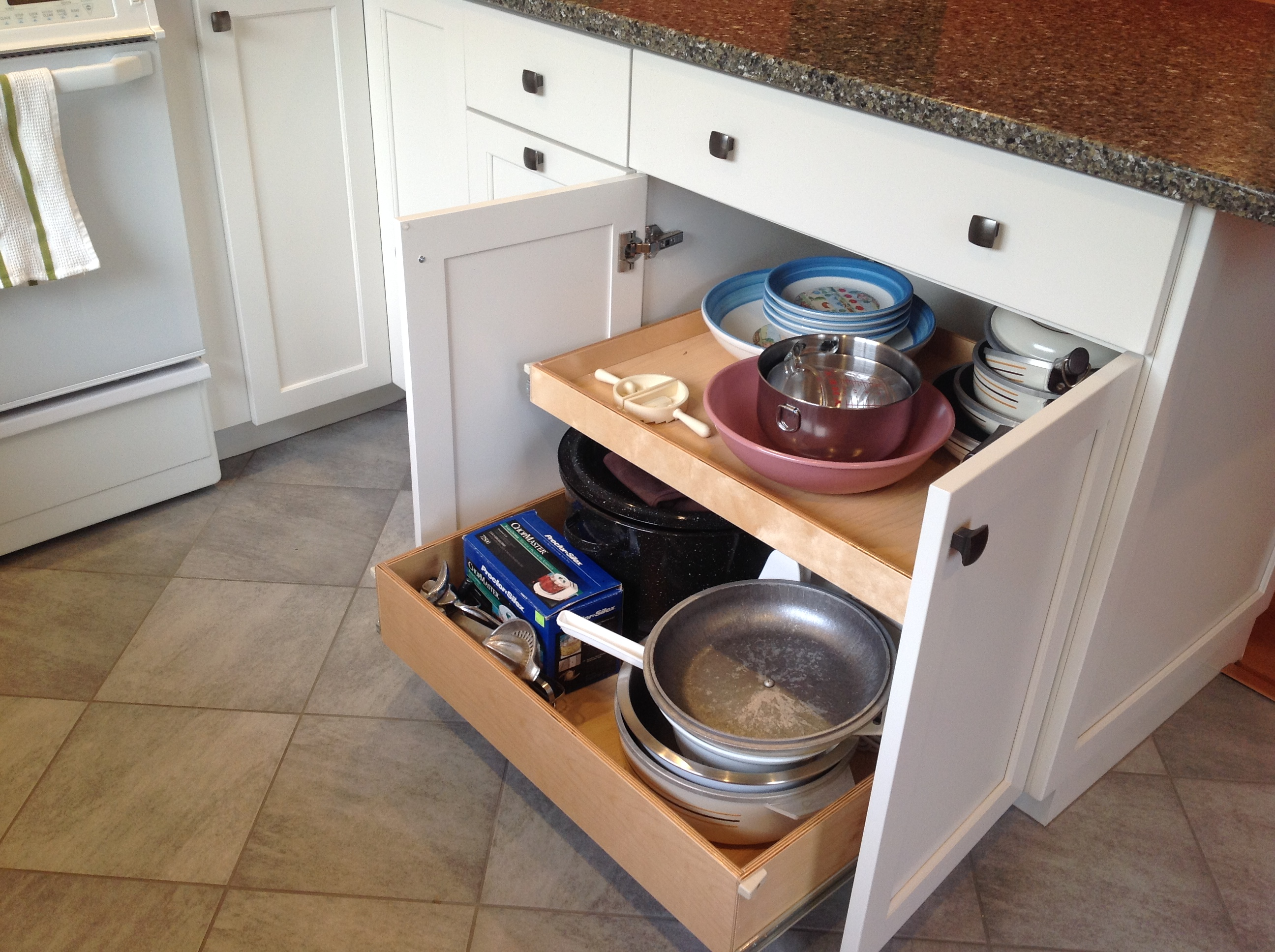 pull out drawers kitchen cabinets phoenix cabinet cures